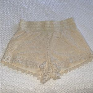 Cream lace short.